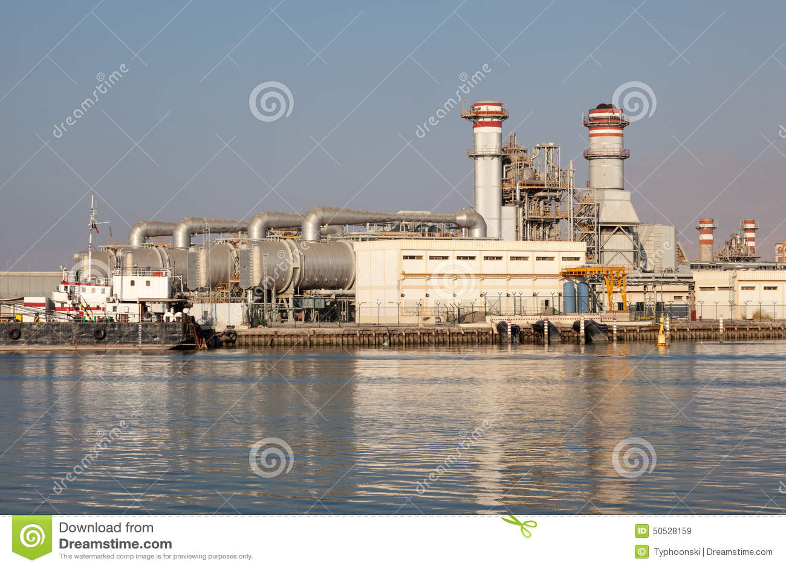 Ras Al Khaimah United Arab Emirates  City pictures : Power station in Ras Al Khaimah, United Arab Emirates.