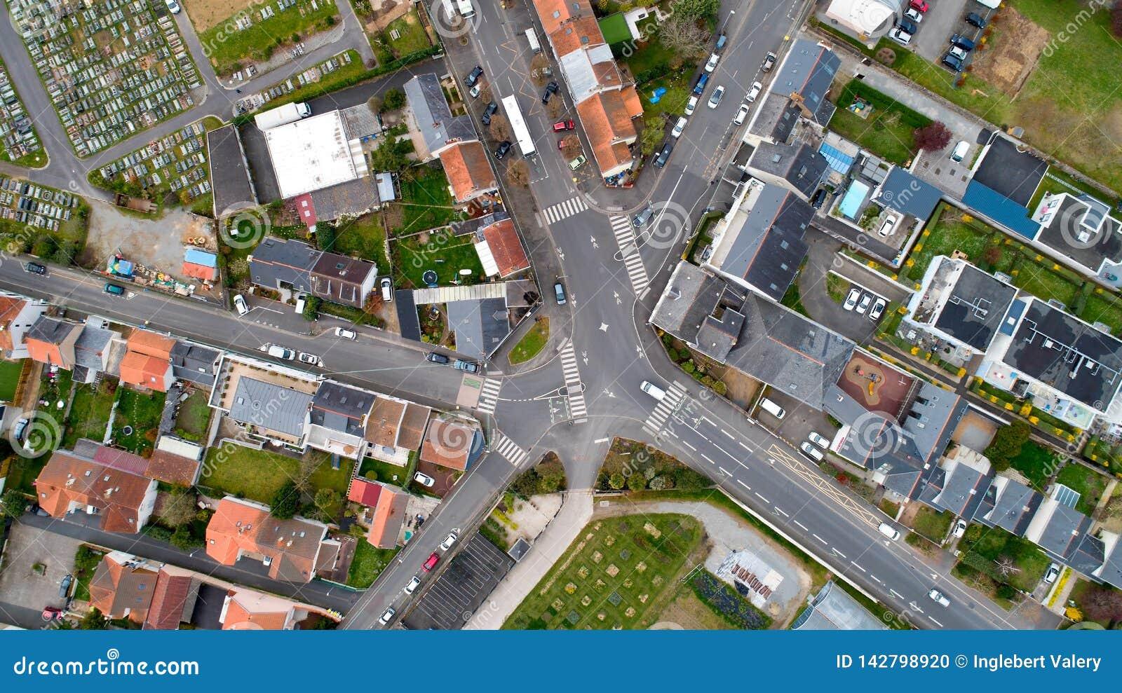 Powietrzna fotografia rozdroże w Nantes mieście, Francja
