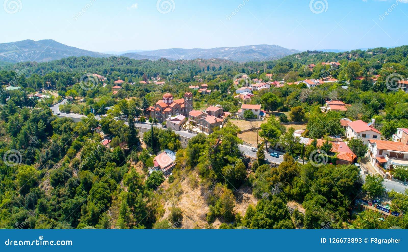 Powietrzna Pano Platres wioska, Limassol, Cypr Zdjęcia Stock