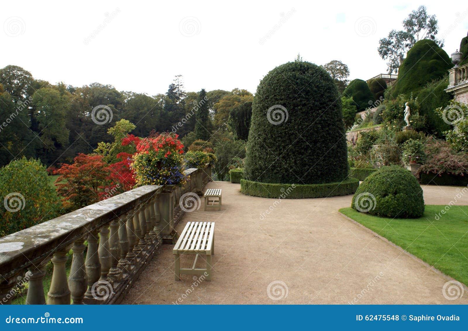 Powis城堡庭院在英国