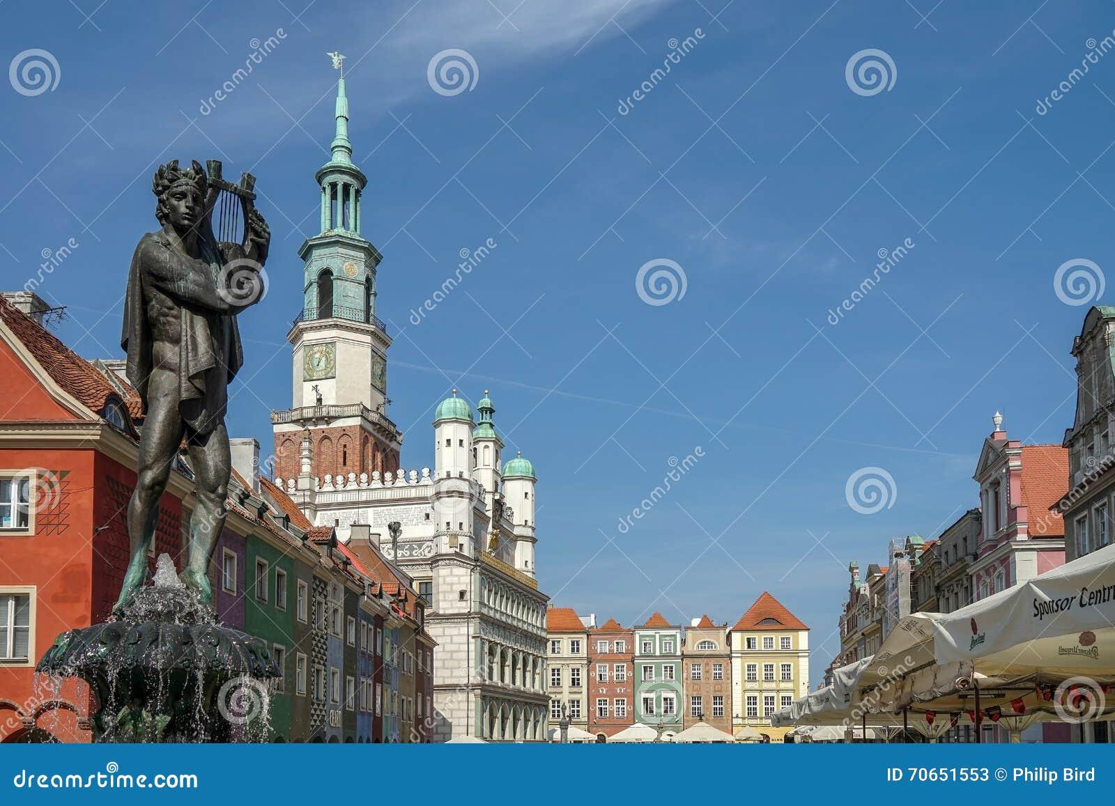 POZAN, POLAND/EUROPE - 16. SEPTEMBER: Brunnen von Apollo in Pozn