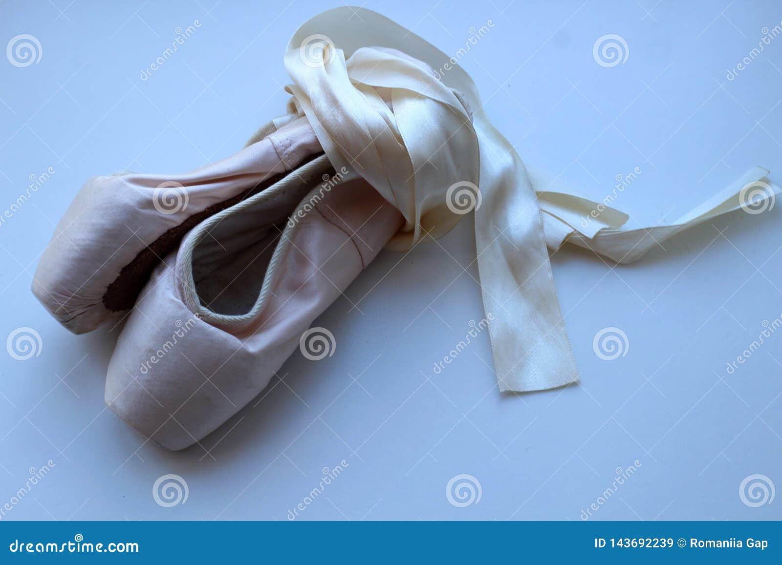 Pozioni affinchè ragazze ballino balletto classico di ballo