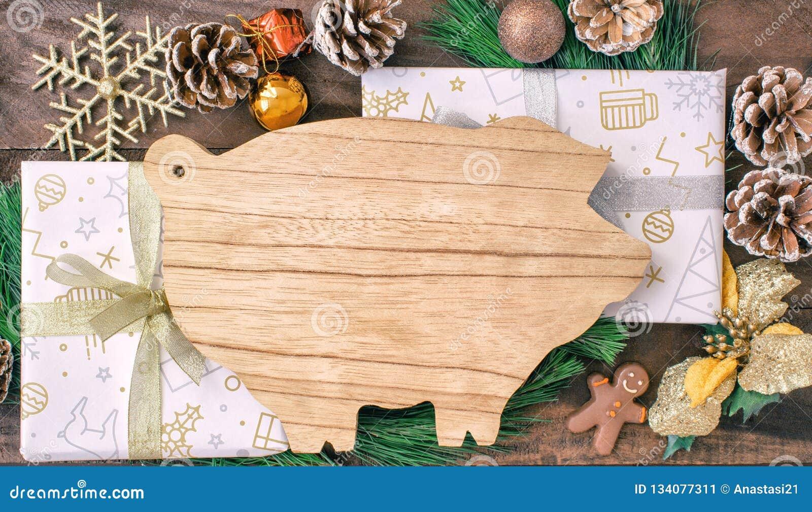 Préparations De Noël Planche à Découper Sous Forme De Porcs