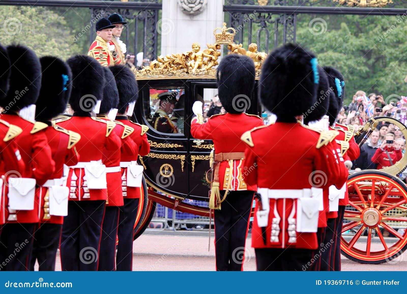 Príncipe Charles & Camilla no casamento real 2011