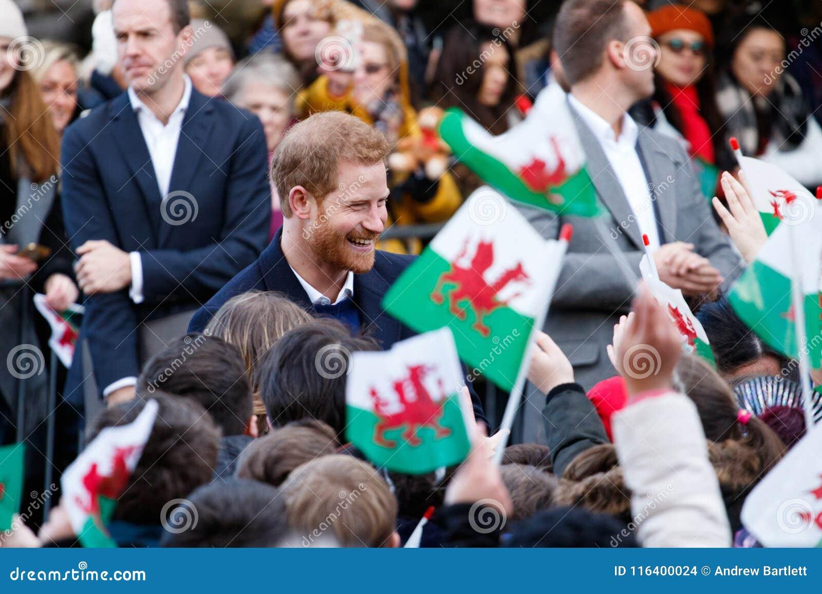 Príncipe Harry y Meghan Markle visita Cardiff, el Sur de Gales, Reino Unido