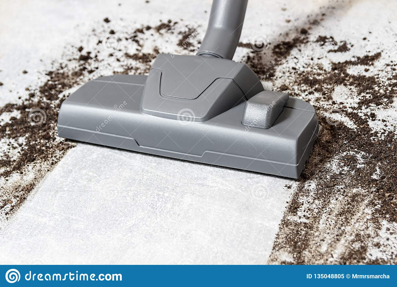 Próżniowy cleaner E cleaning Brudna podłoga