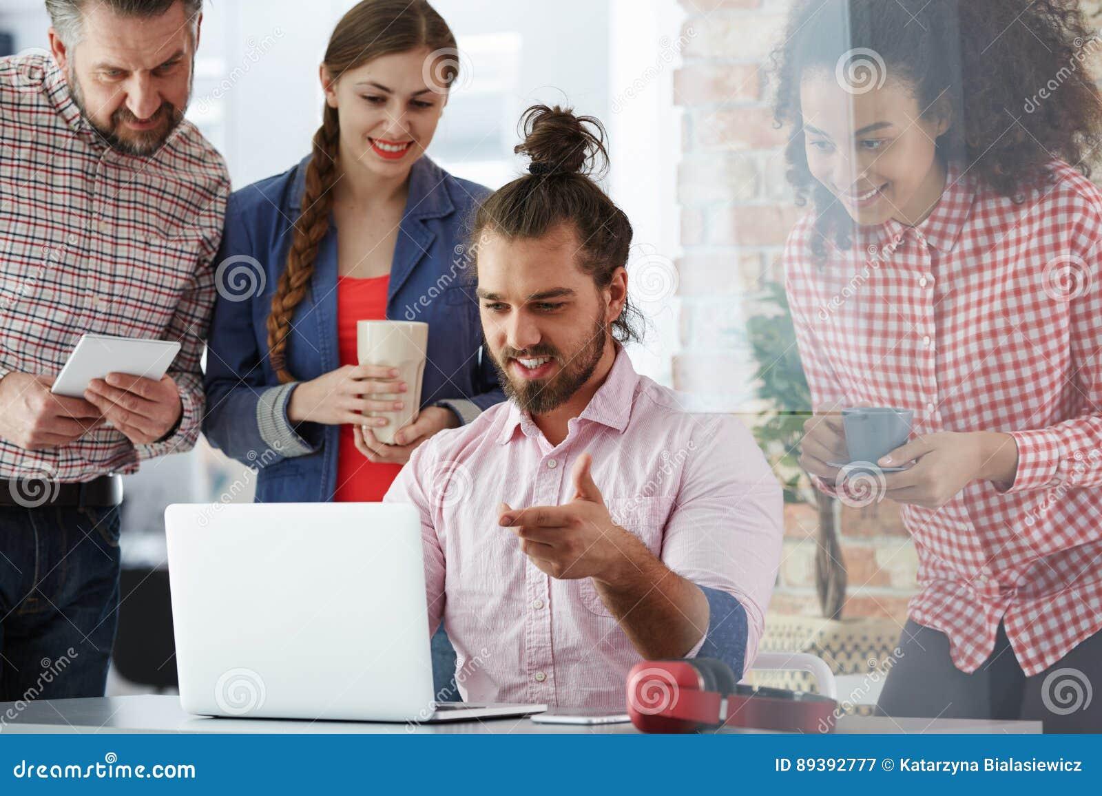 Pracownicy reklamowa agencja