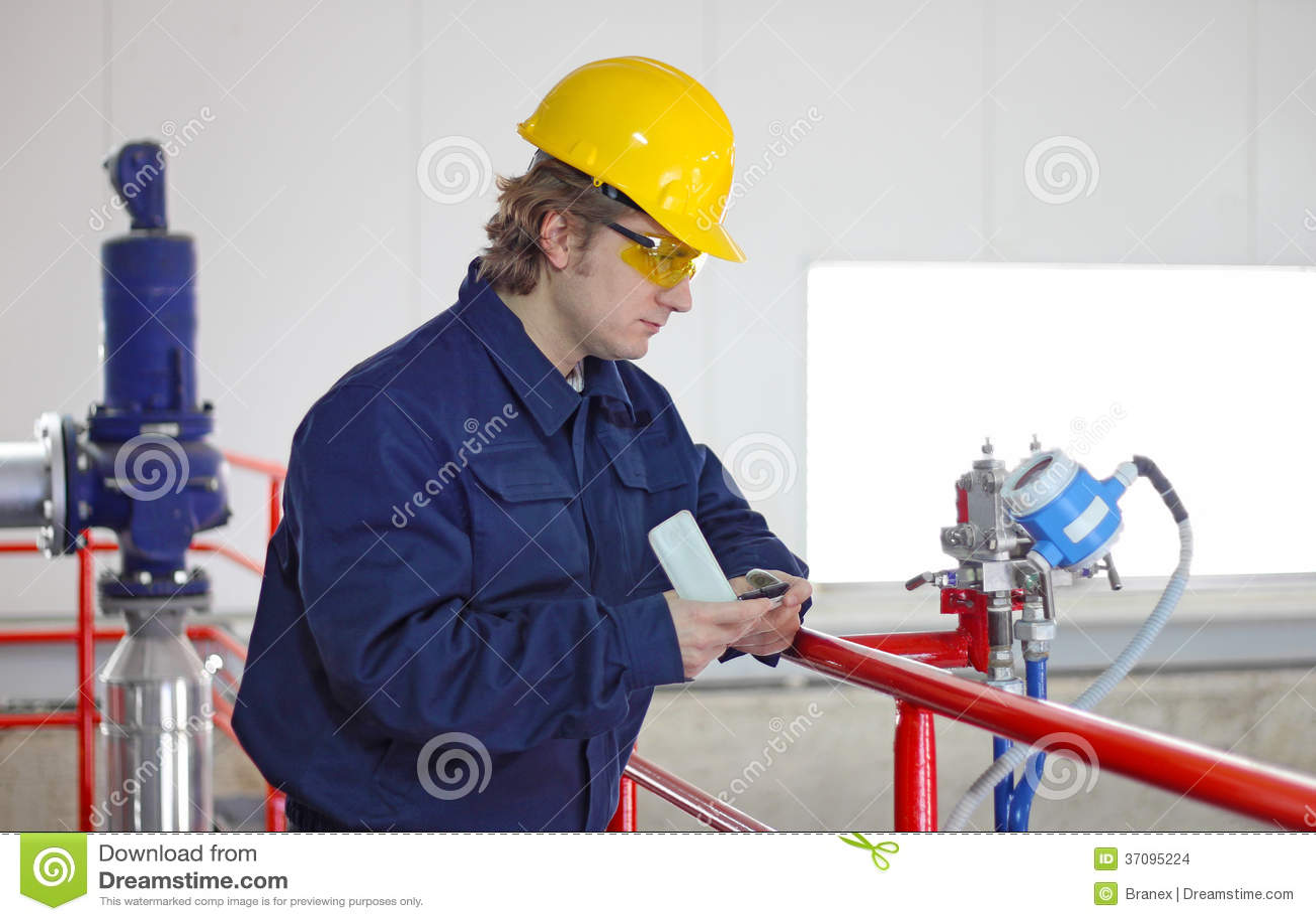 Pracownik kontrola przyrząda