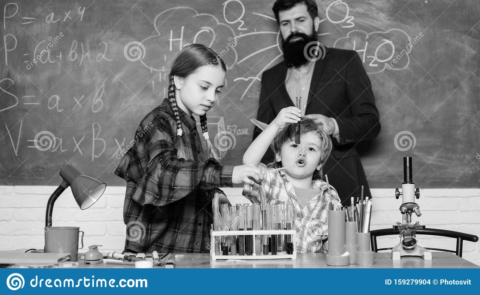 Practical Knowledge Teaching Kids Sharing Important Knowledge Study With Friends Is Fun Younger Learn From Older Stock Photo Image Of Interaction Knowledge 159279904