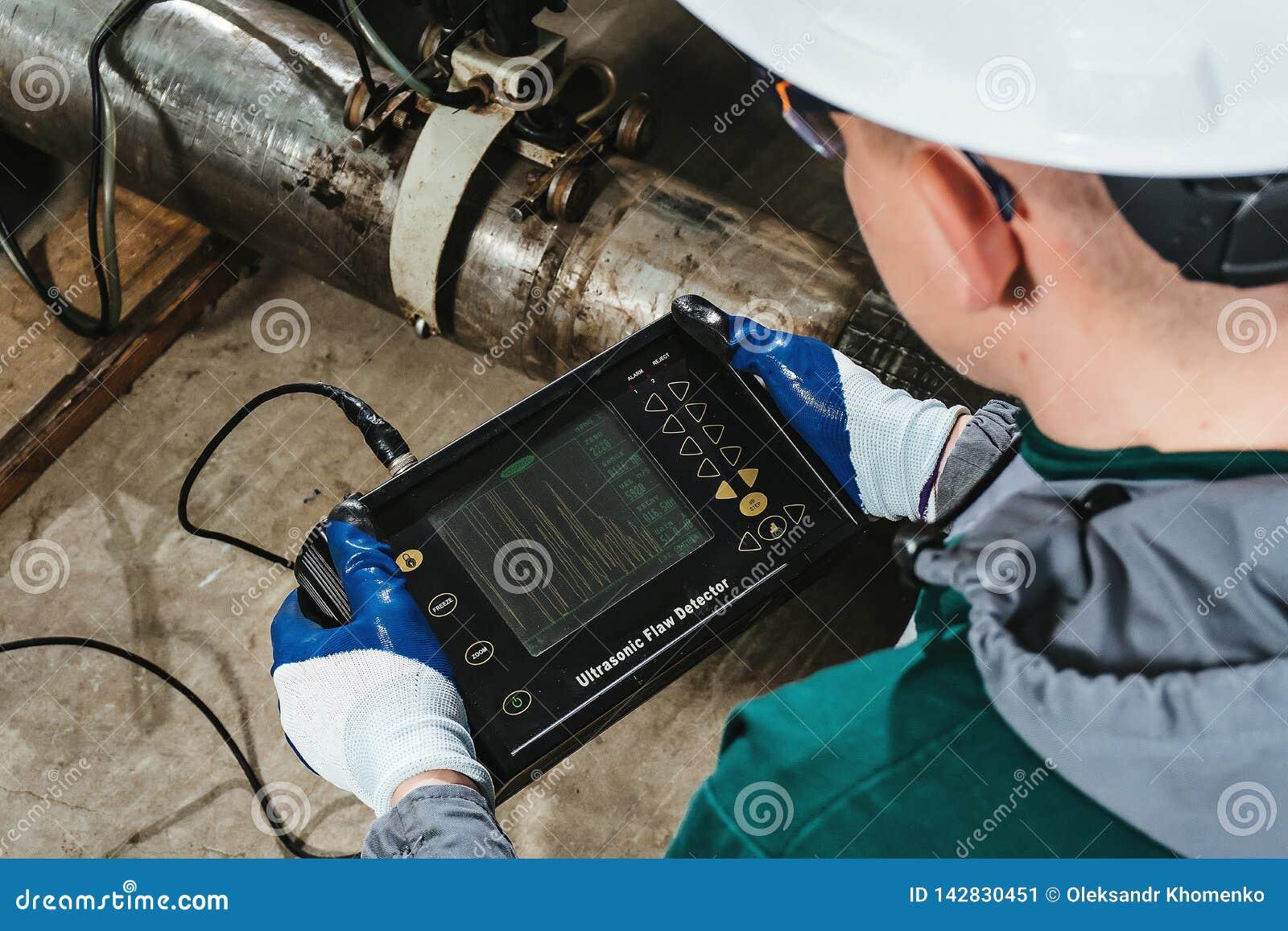 Pracy thiw skazy ultrasonic detektor