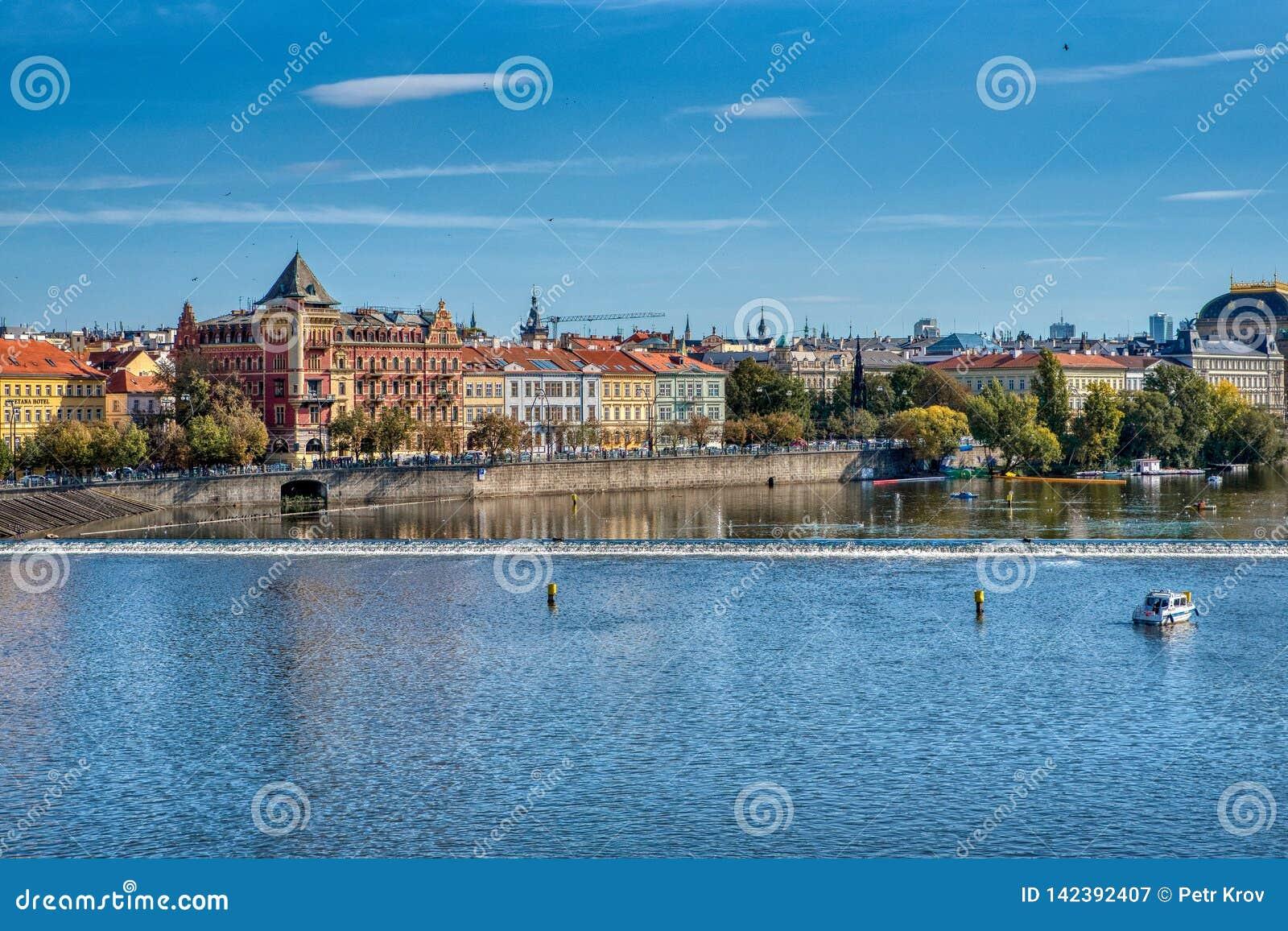 Prag, Ansicht von Prag-Brücken und von die Moldau-Fluss