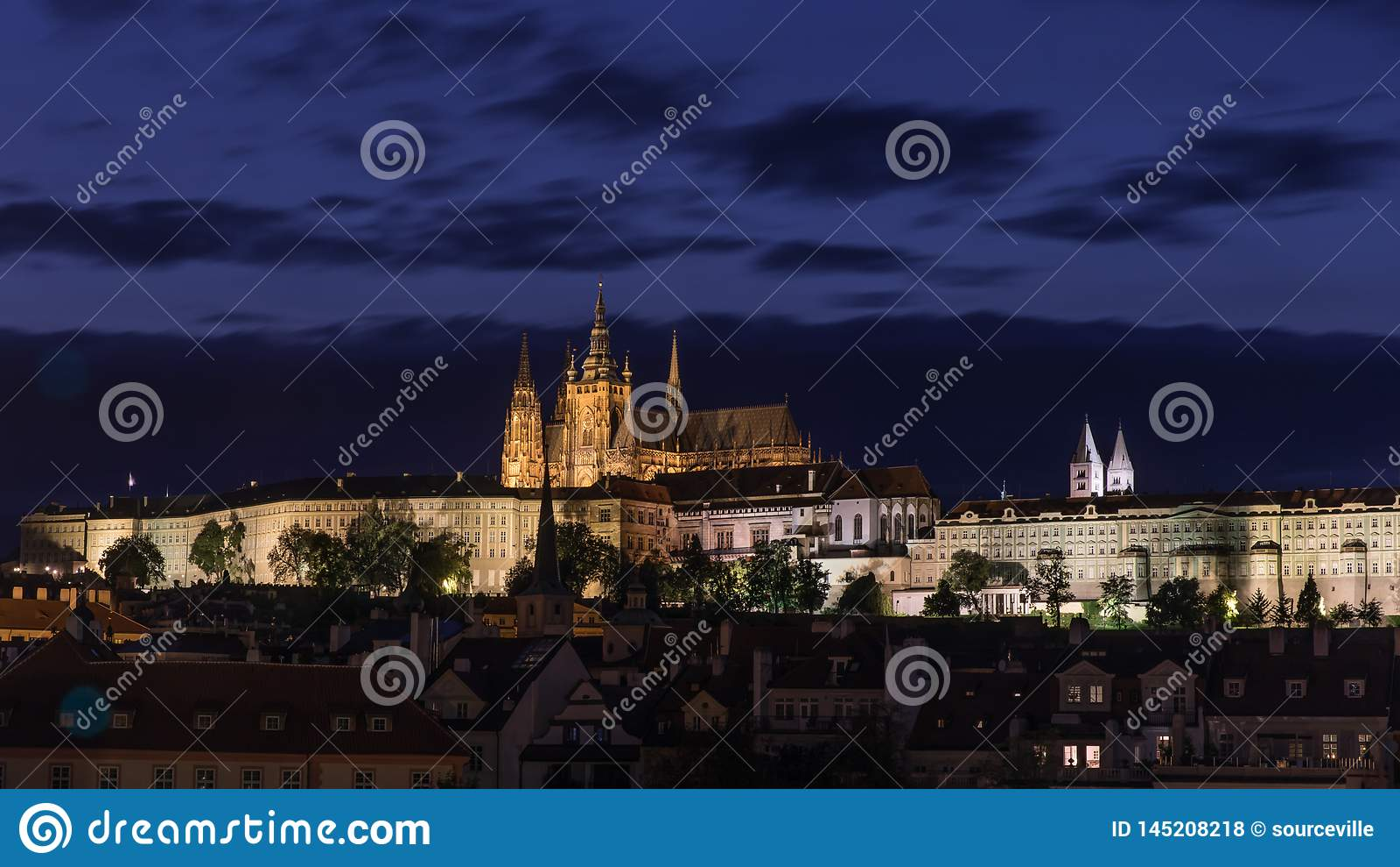 Prag-Schloss nachts in Prag, Tschechische Republik