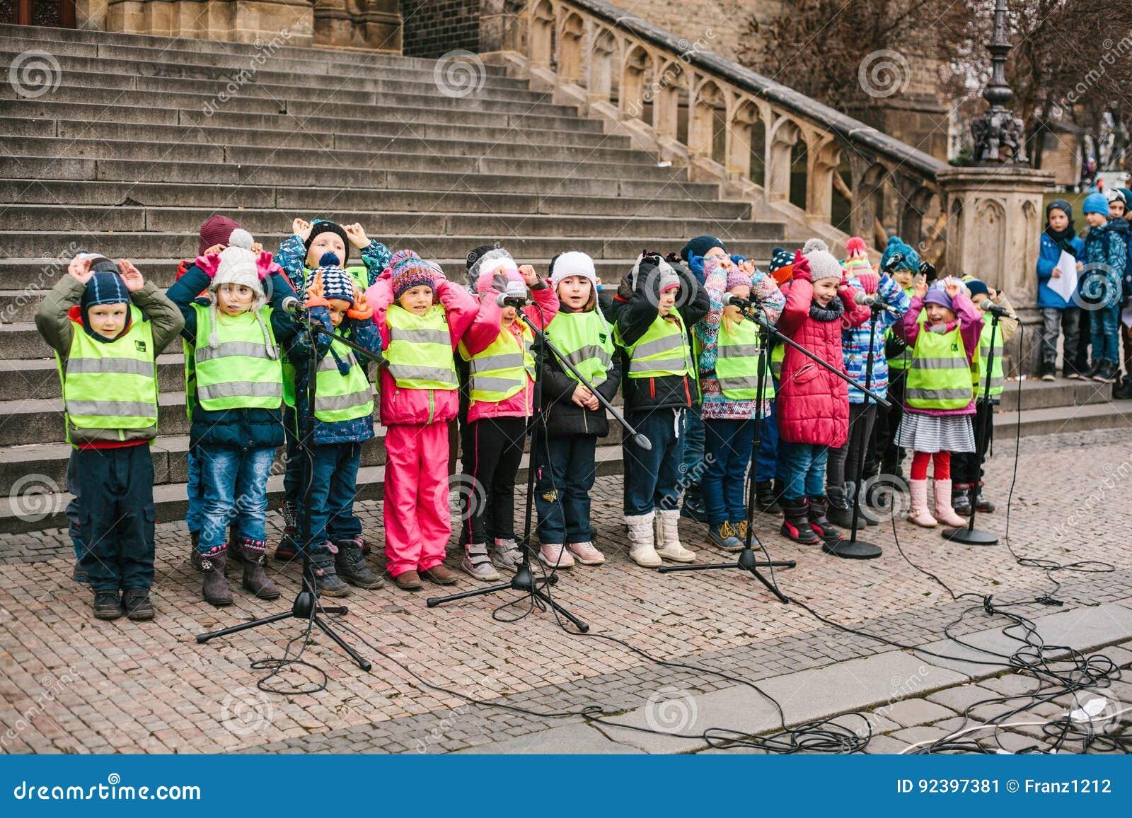 Tschechische Weihnachtslieder.Prag Tschechische Republik Am 15 Dezember 2016 Der Chor Von
