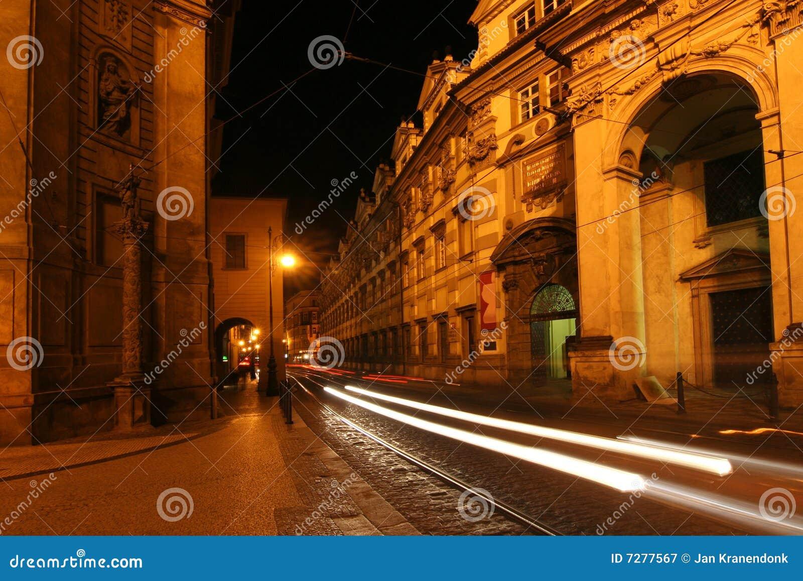 Praga en la noche