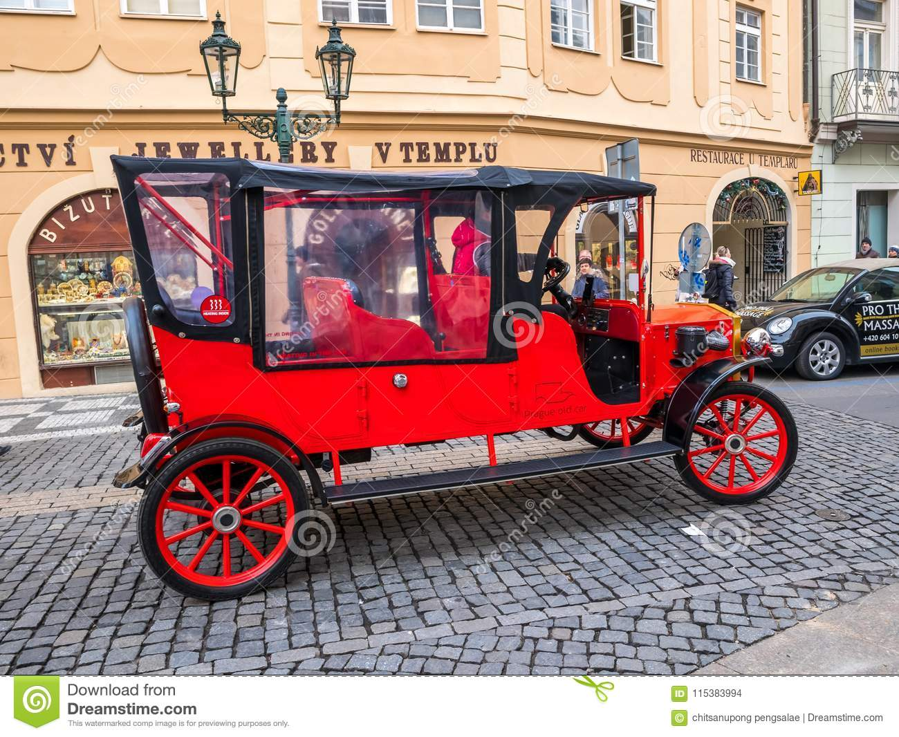 PRAGUE CZECH REPUBLIC - FEB 20 2018: Vintage Sightseeing Tour Car In Old  Town Square Prague Editorial Stock Image - Image of driver, editorial:  115383994
