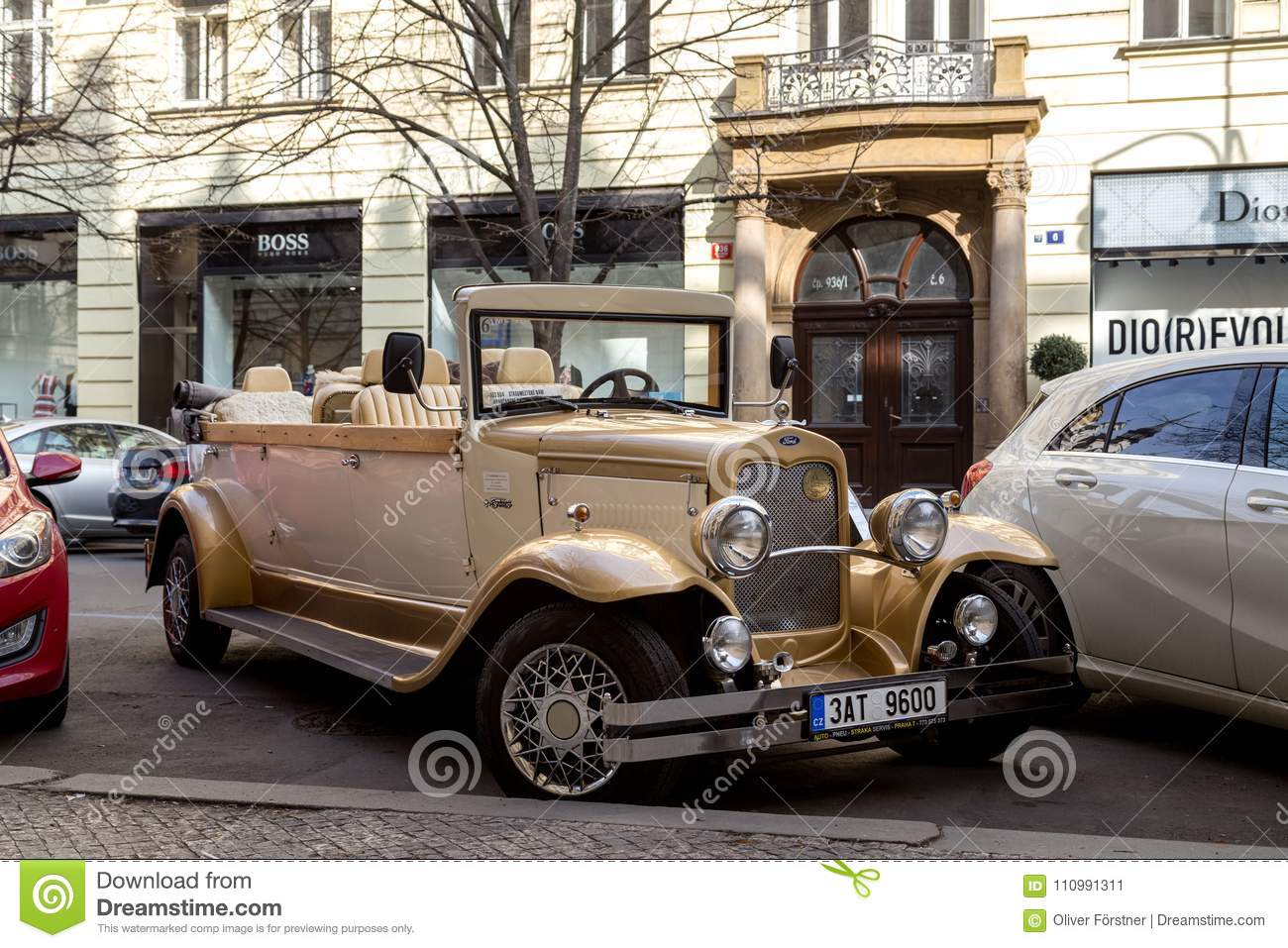 Antique Car For Sightseeing Tours In Prague Editorial Photo - Image ...