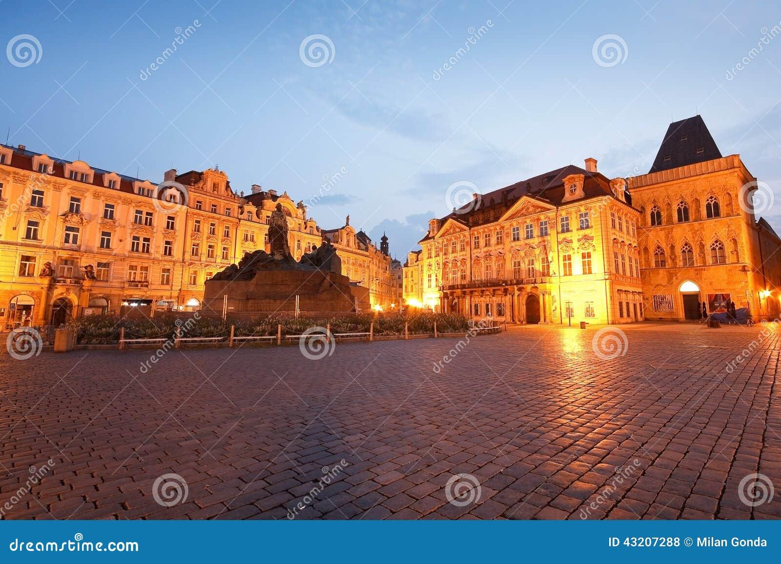 Download Prague tjeckisk republik redaktionell arkivfoto. Bild av huvud - 43207288