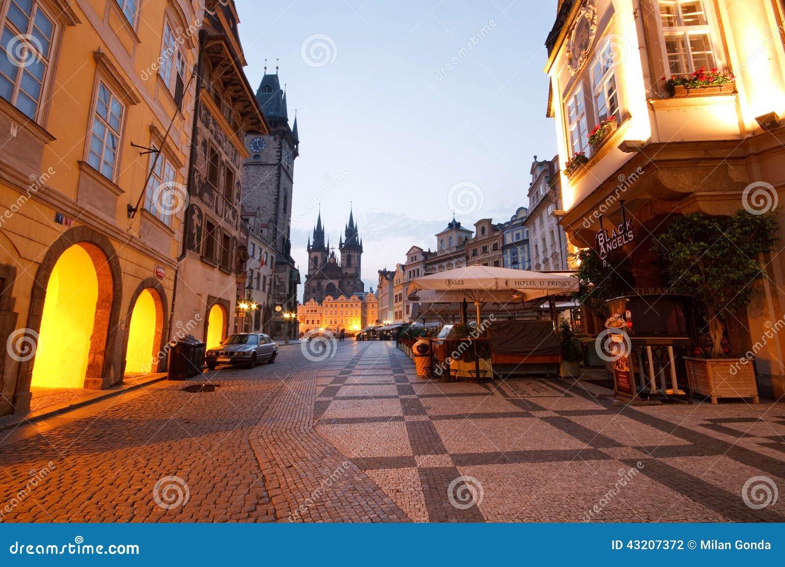 Download Prague tjeckisk republik redaktionell arkivbild. Bild av historiskt - 43207372