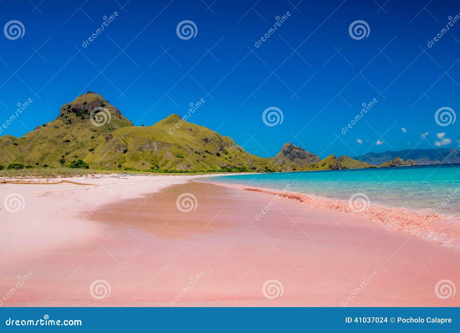 Praia cor-de-rosa