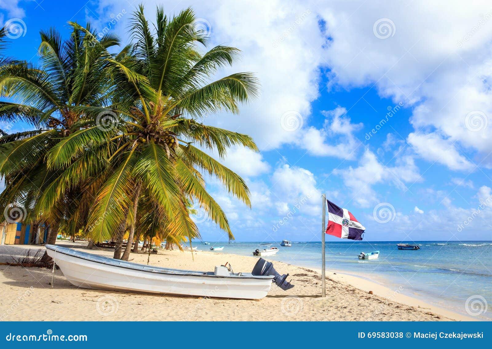 Praia das caraíbas na República Dominicana