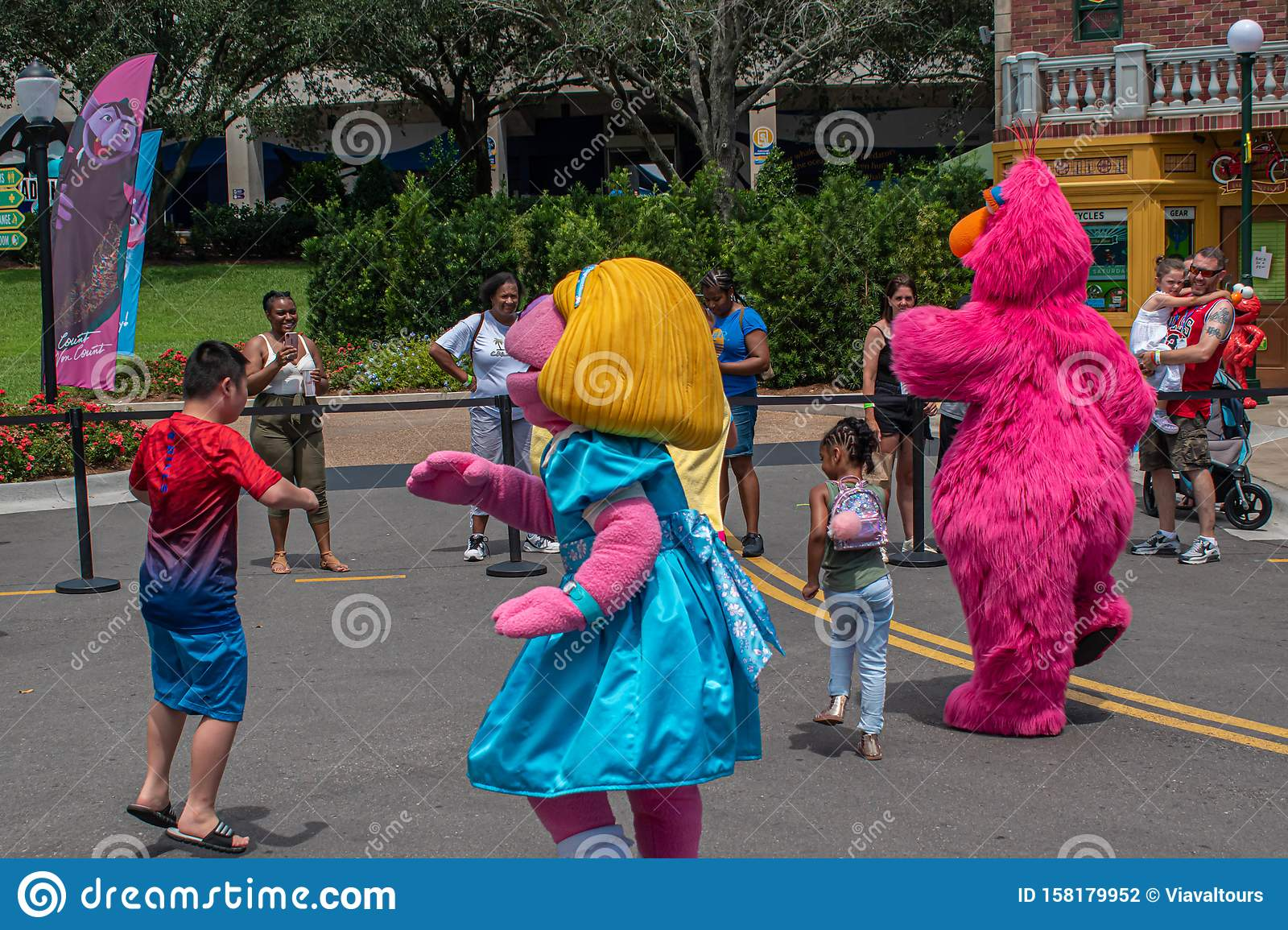 Prairie Dawn And Telly Monster Dancing With Nice Childrens
