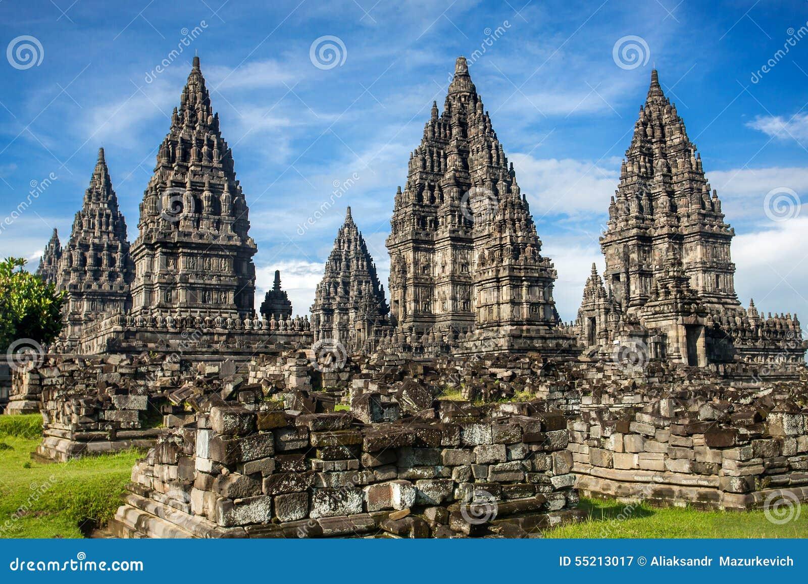 Prambanantempel dichtbij Yogyakarta, Java, Indonesië