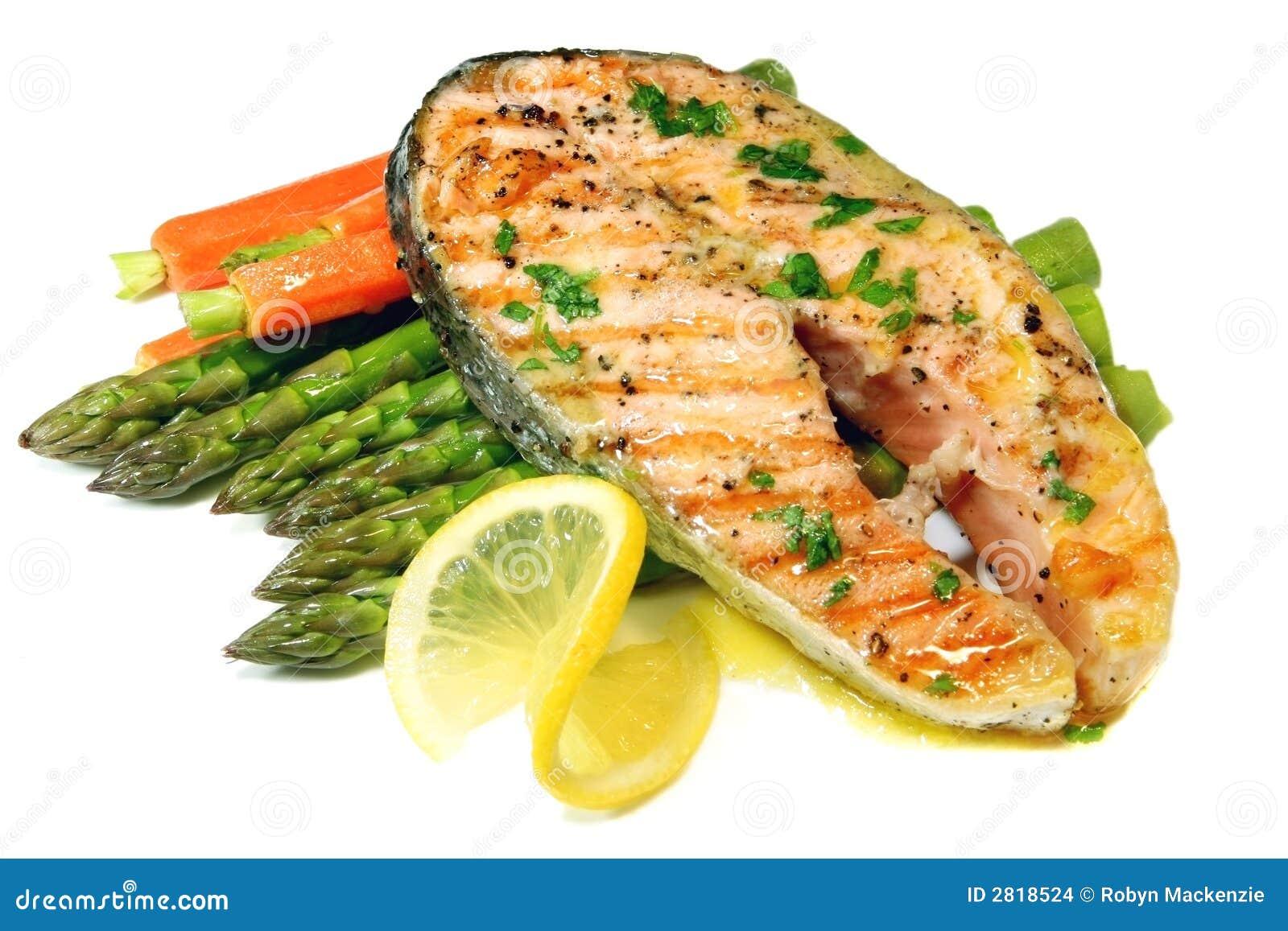 Pranzo di color salmone