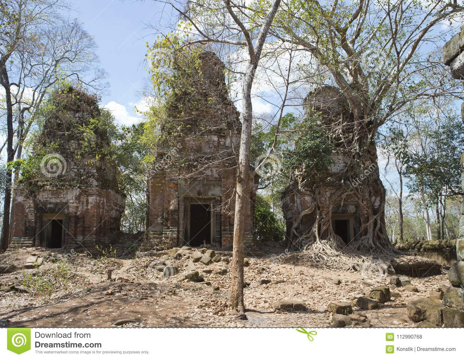 Prasat Chrap ruin, Koh Ker temple complex, Cambodia