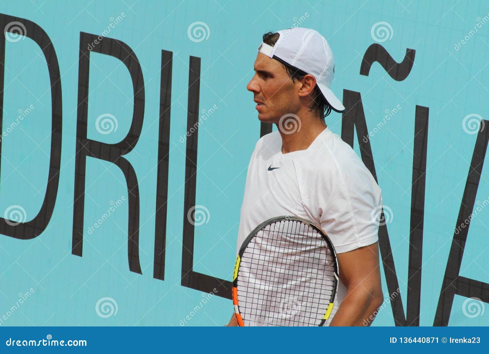 Pratique en matière de Rafael Nadal Madrid ouvrent 2015