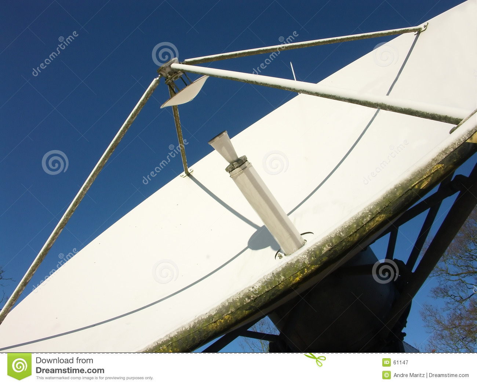 Prato satélite da transmissão