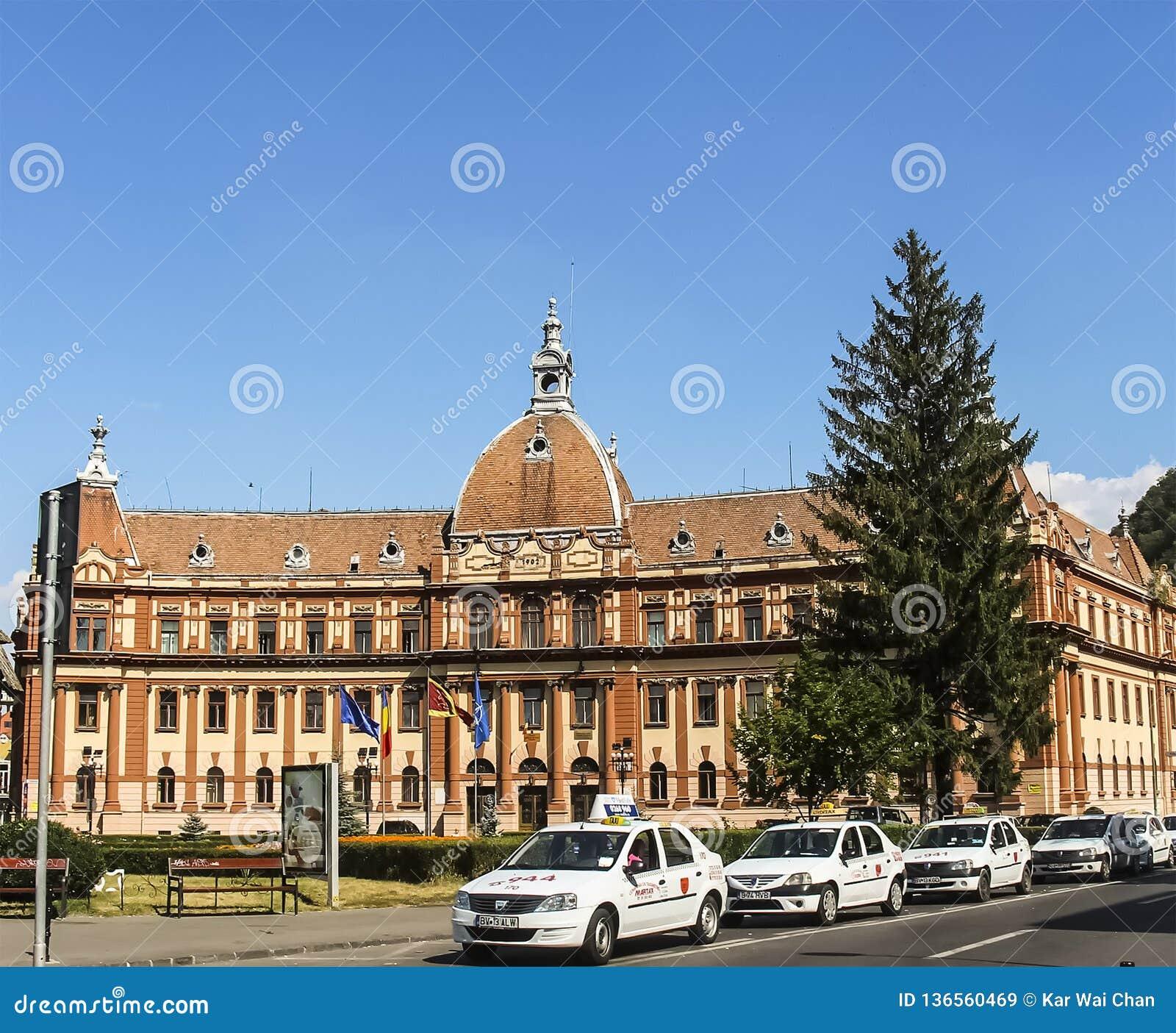 Prefectura Brasov ist ein historisches Monument, im Jahre 1902 errichtet
