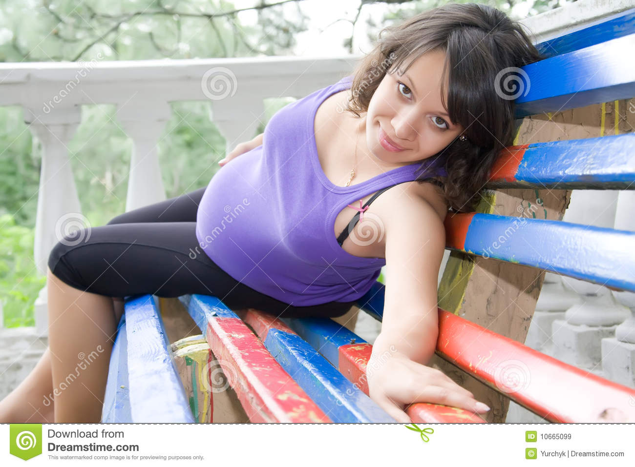 Pregnant Woman Sitting On Park Bench Royalty Free Stock Images - Image ...