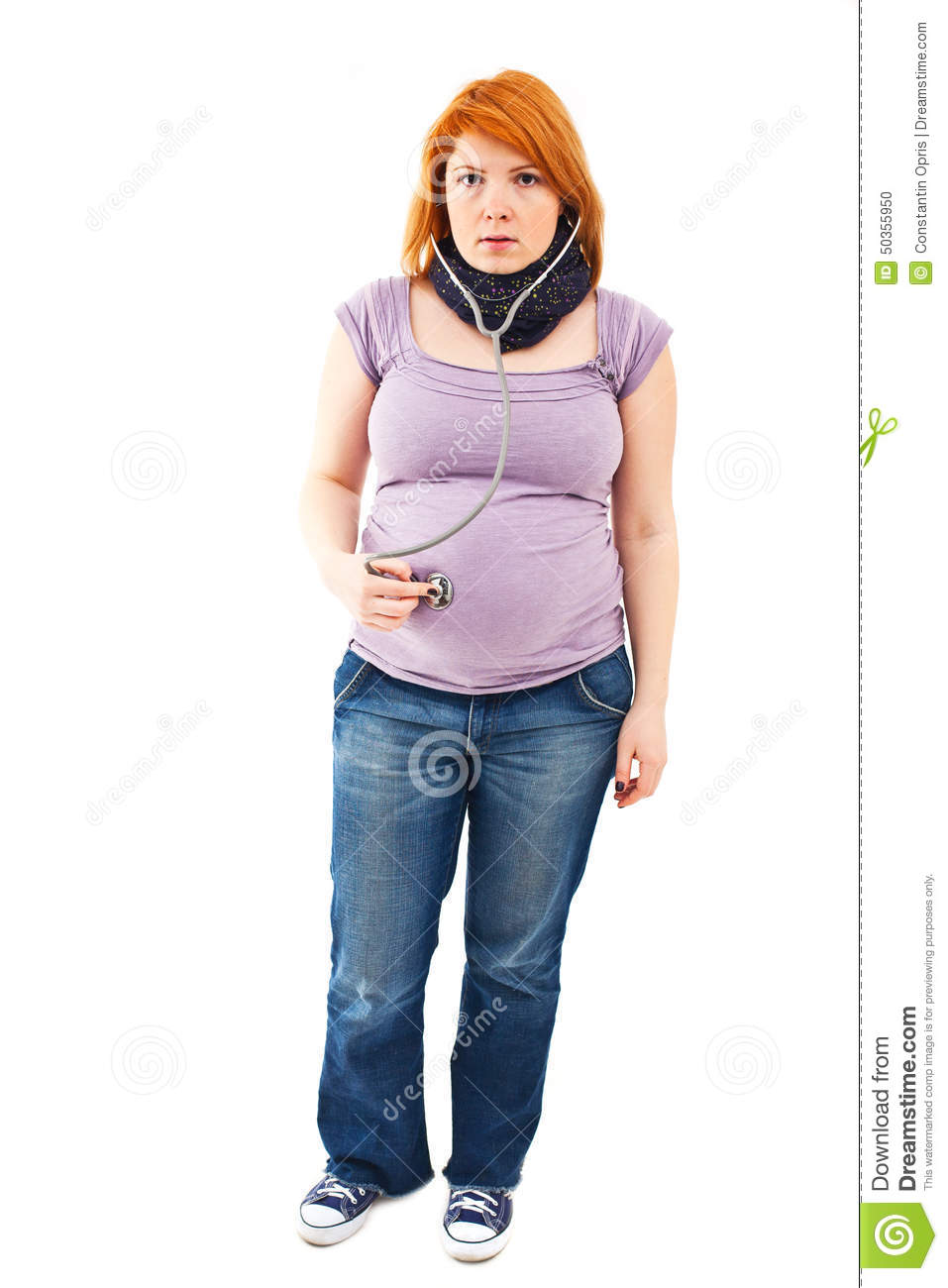 Pregnant woman with stethoscope