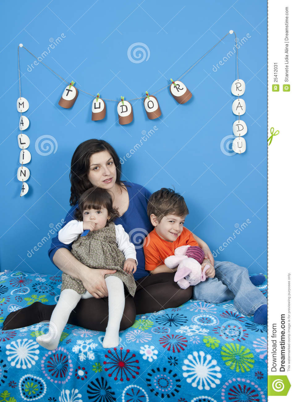 Pregnant Women And Little Kids Stock Image Image 25412031