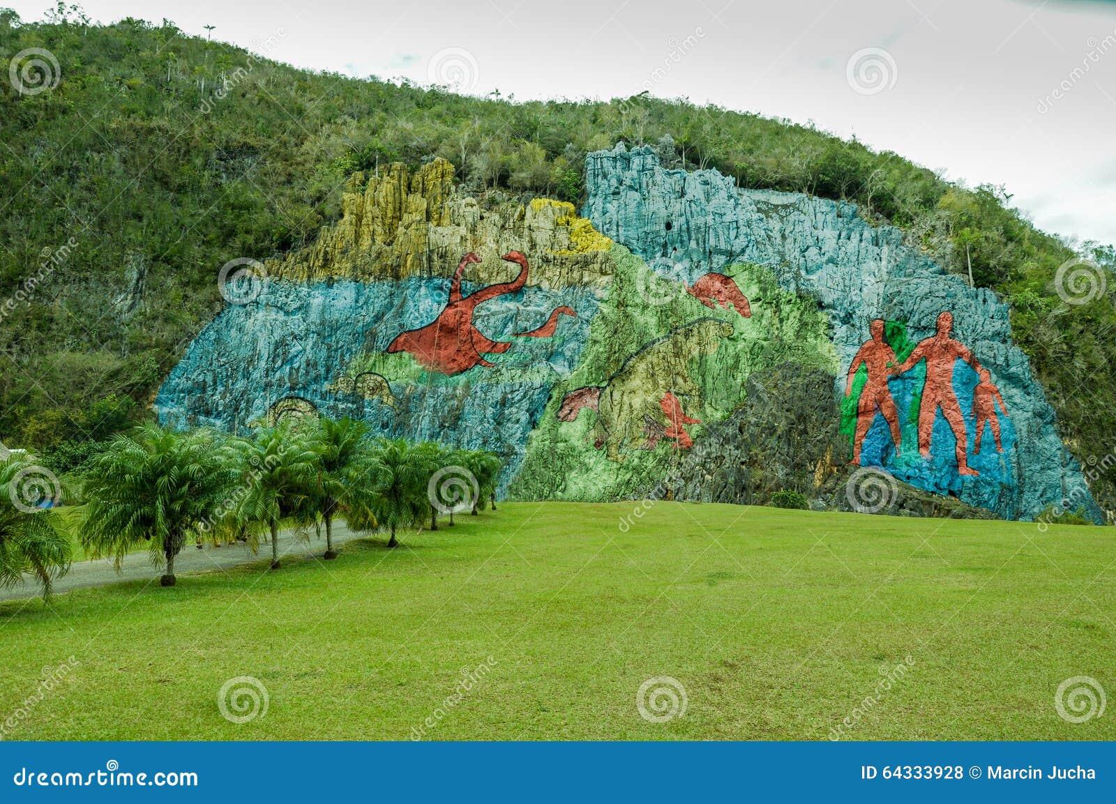 Prehistory wall in vinales cuba stock photo image 64333928 for Mural de la prehistoria
