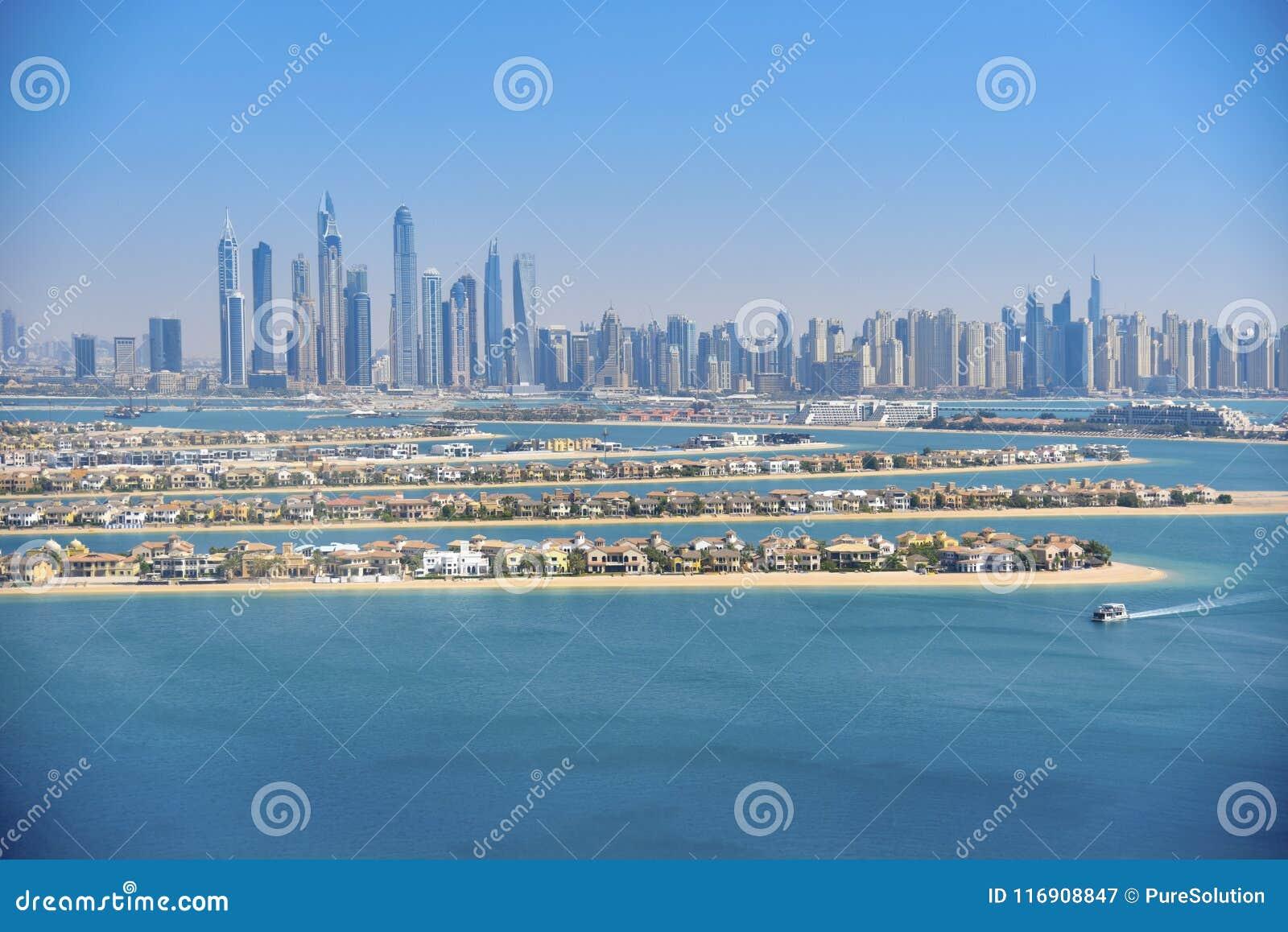 Premières vues à partir du dessus du Burj Khalifa Les Emirats Arabes Unis