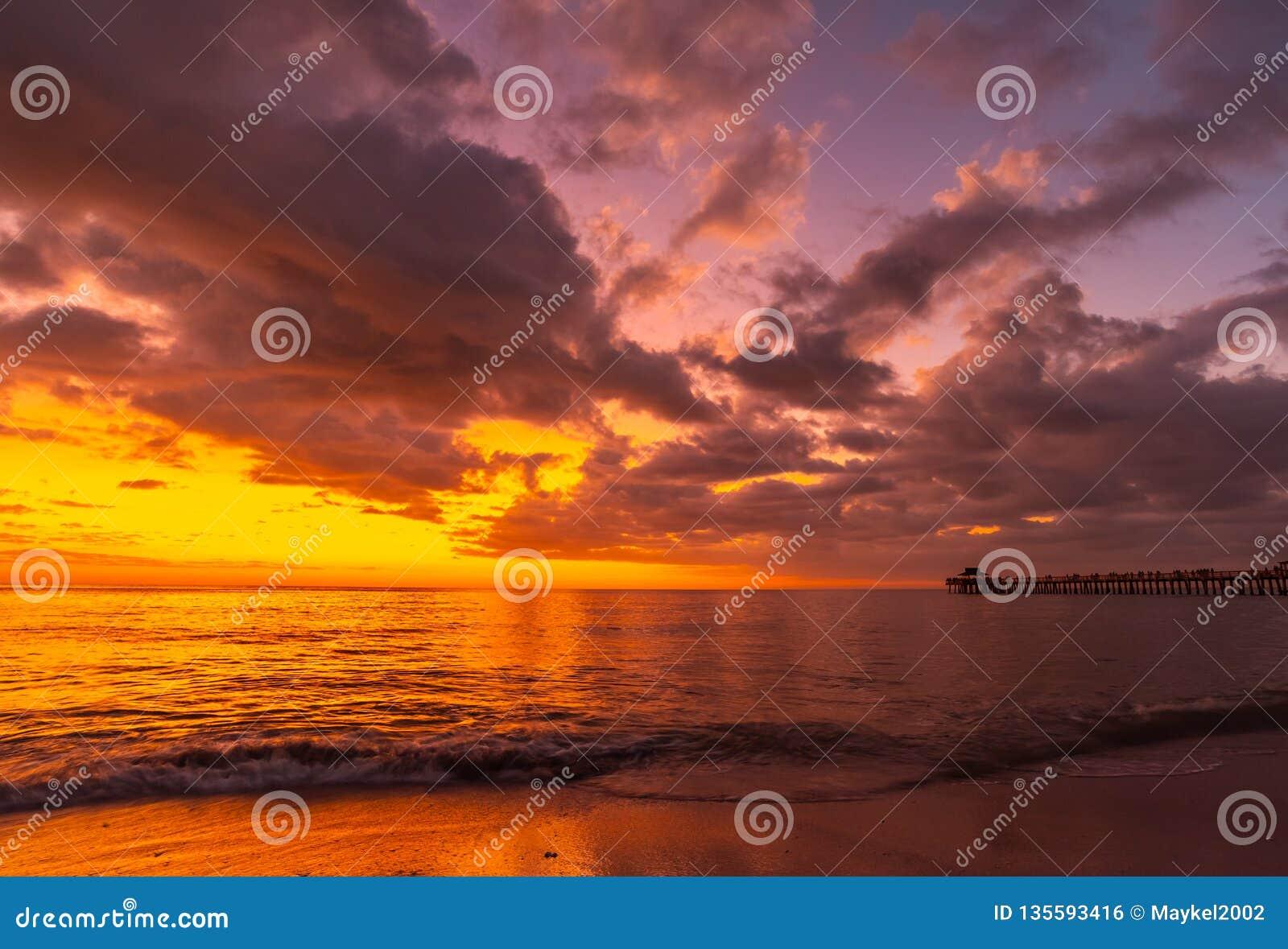 Premier coucher du soleil 2019