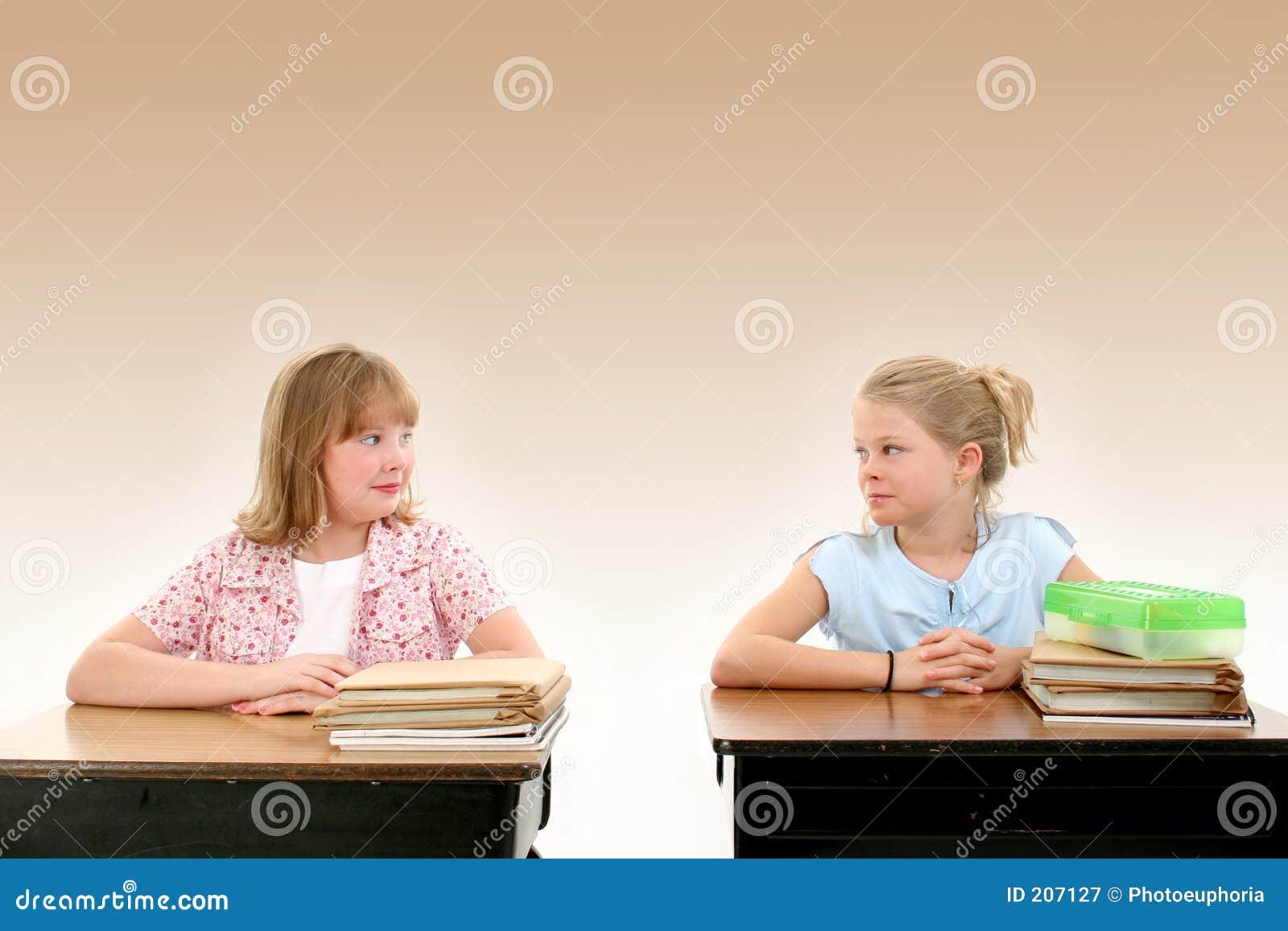 Premier jour d école image stock image du classroom bureau