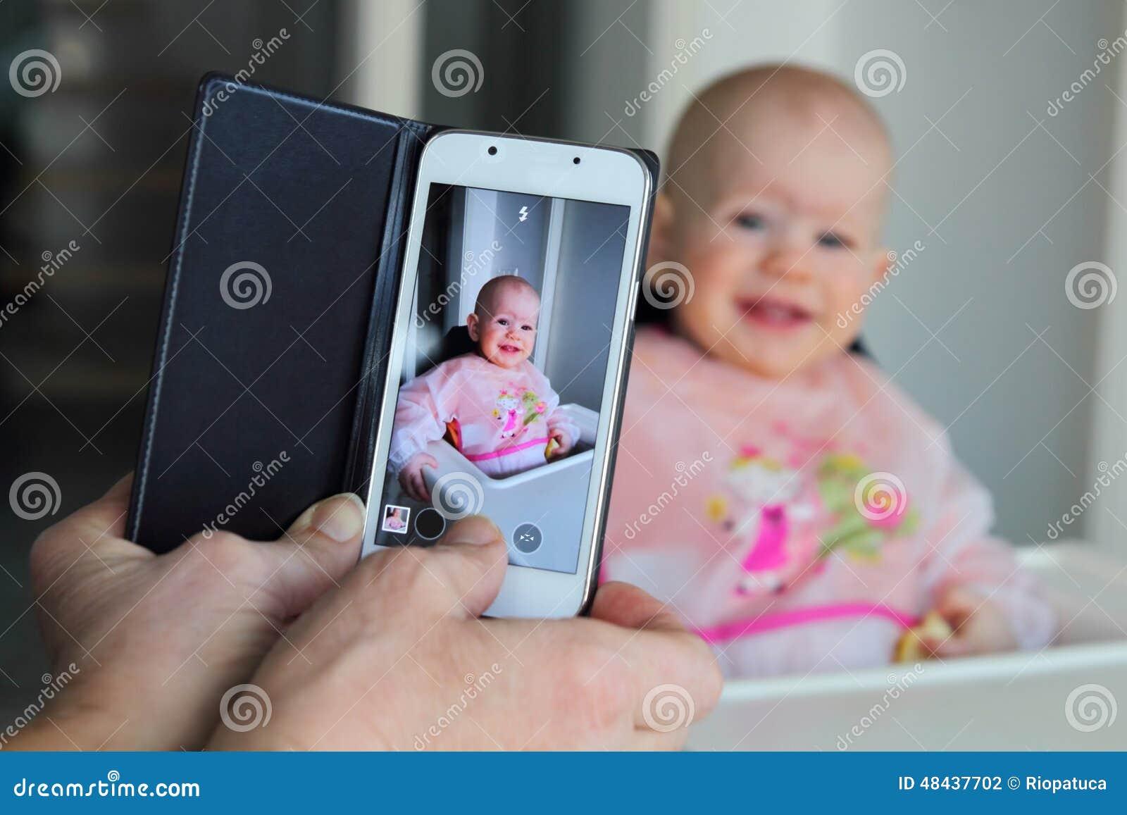 prendre une photo d u0026 39 un b u00e9b u00e9 avec un t u00e9l u00e9phone portable