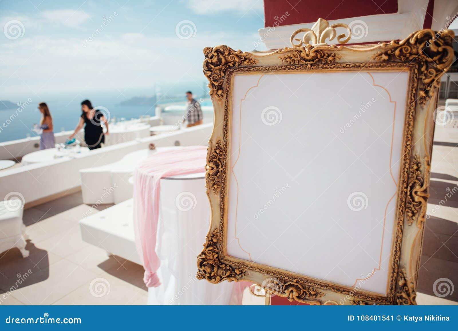 Preparación para un banquete de la boda