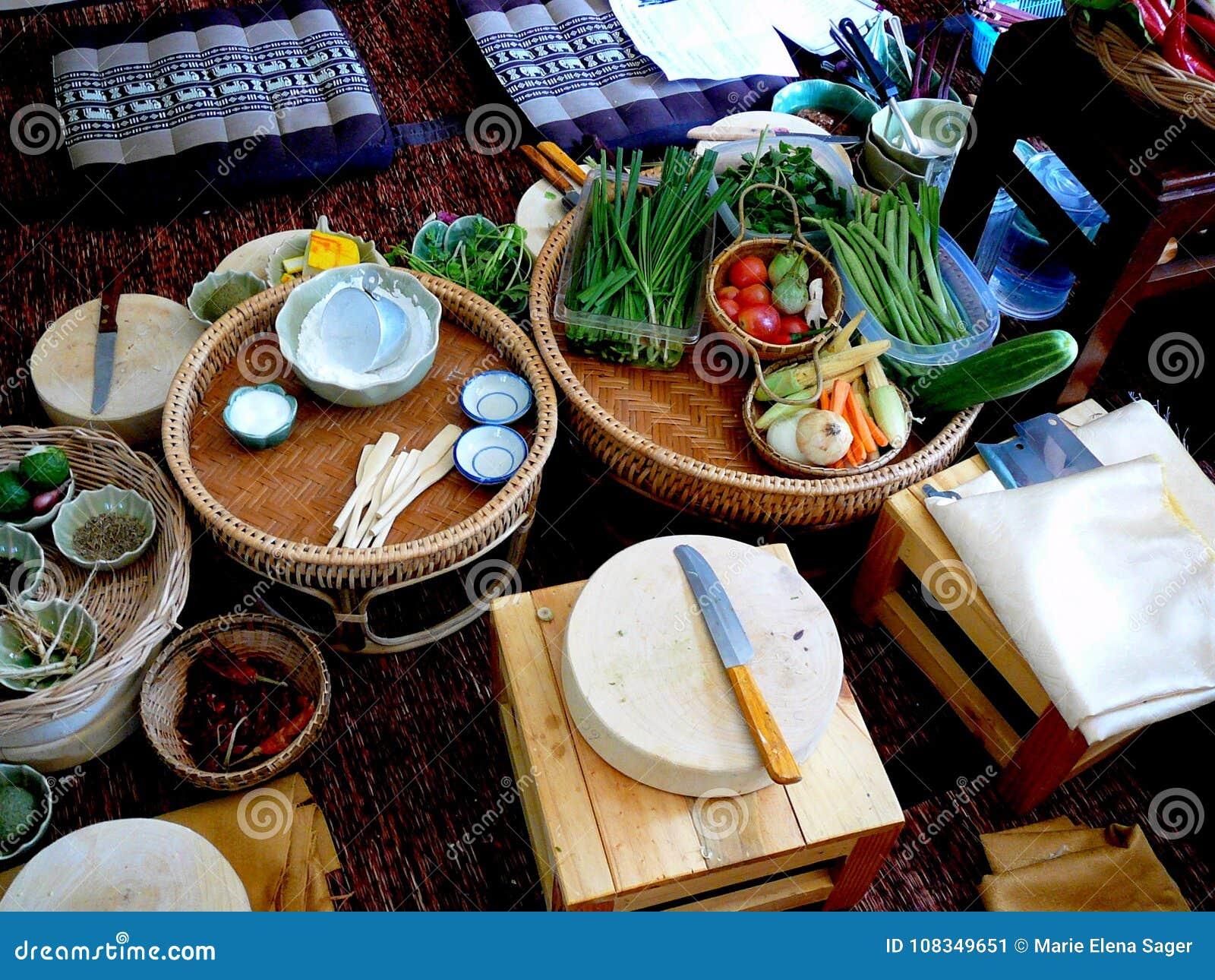 Preparación tailandesa de la clase de cocina