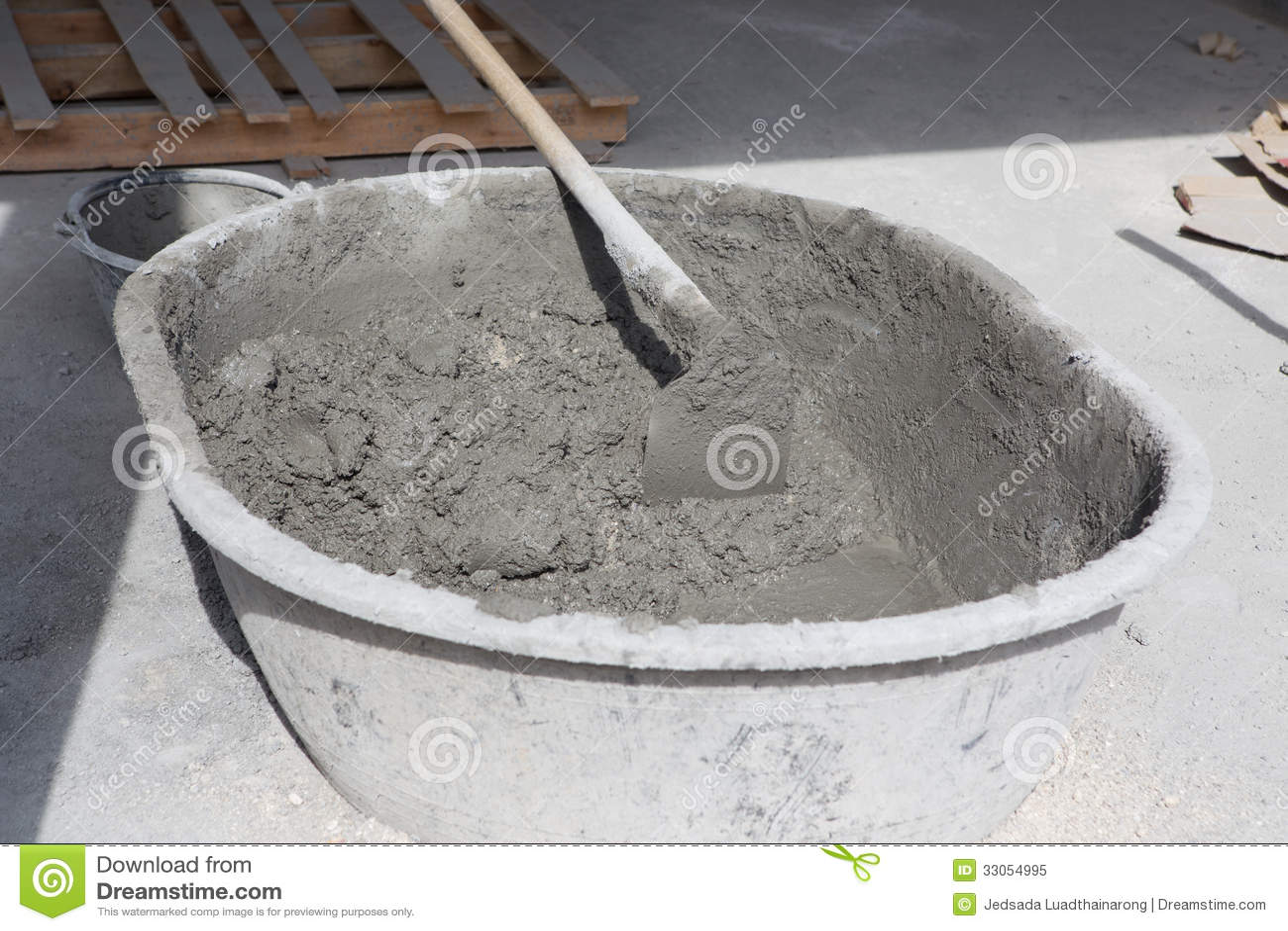 Preparado del mortero del cemento foto de archivo libre de for Mortero de cemento