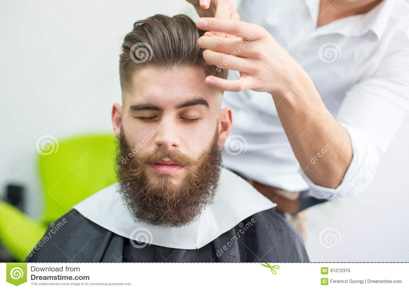 Prepararsi dei capelli