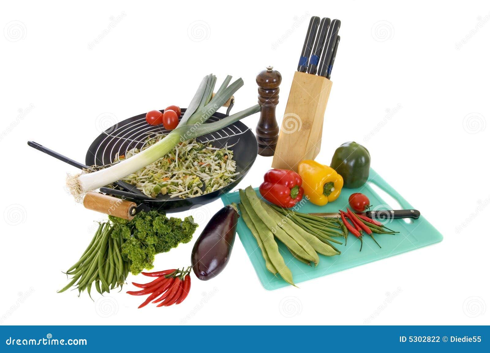 Download Preparazione del wok fotografia stock. Immagine di nave - 5302822