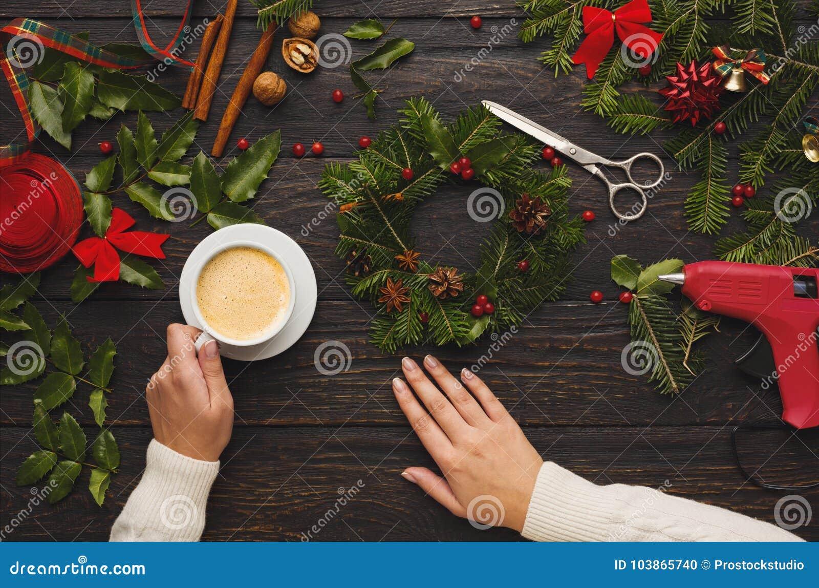 Prepare For Xmas Creative Craft Wreath Making Christmas Symbols