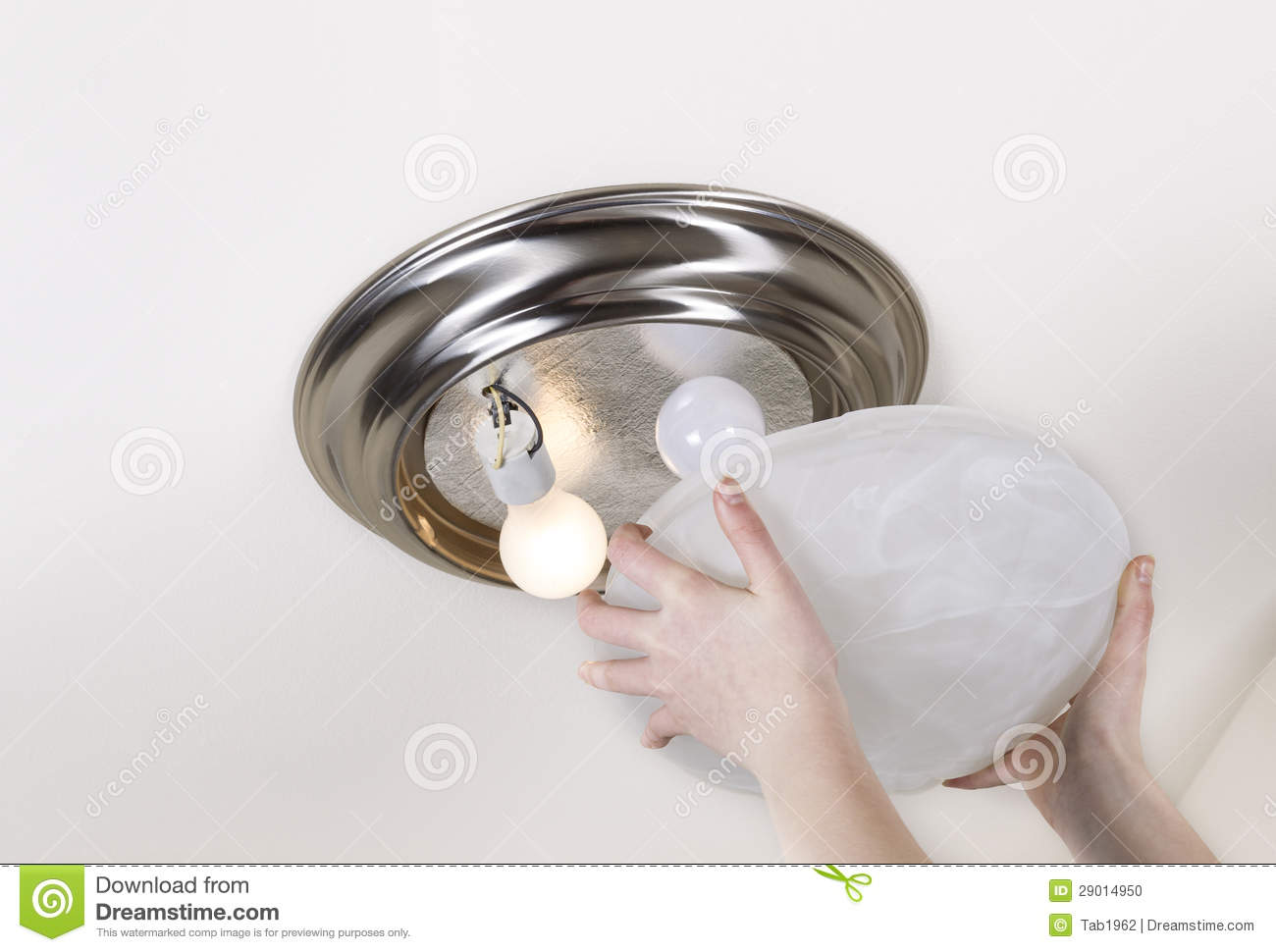 How To Replace Recessed Light Bulbs Ehow.html