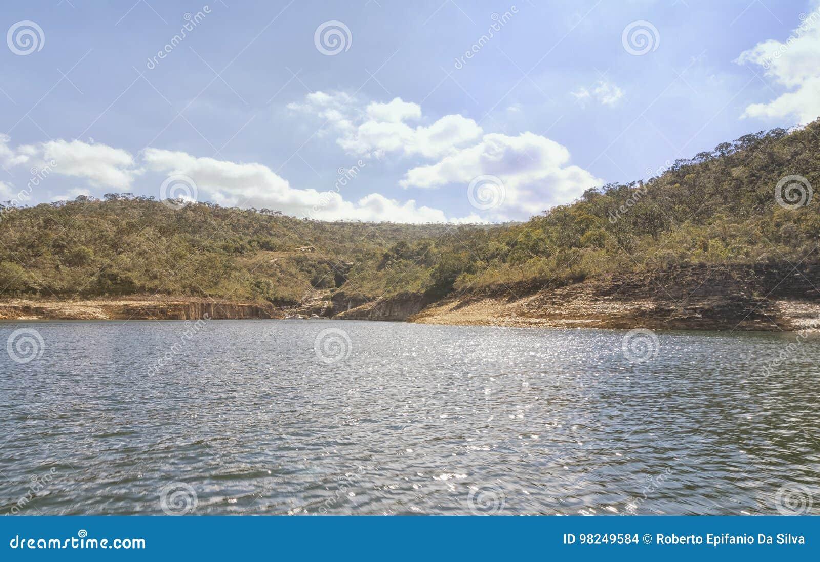 Presa de Furnas en Minas Gerais, el Brasil