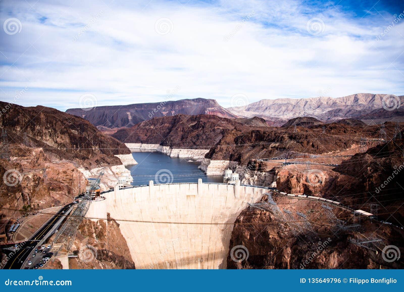 Presa Hoover una obra maestra arquitectónica en la frontera entre Nevada y Arizona
