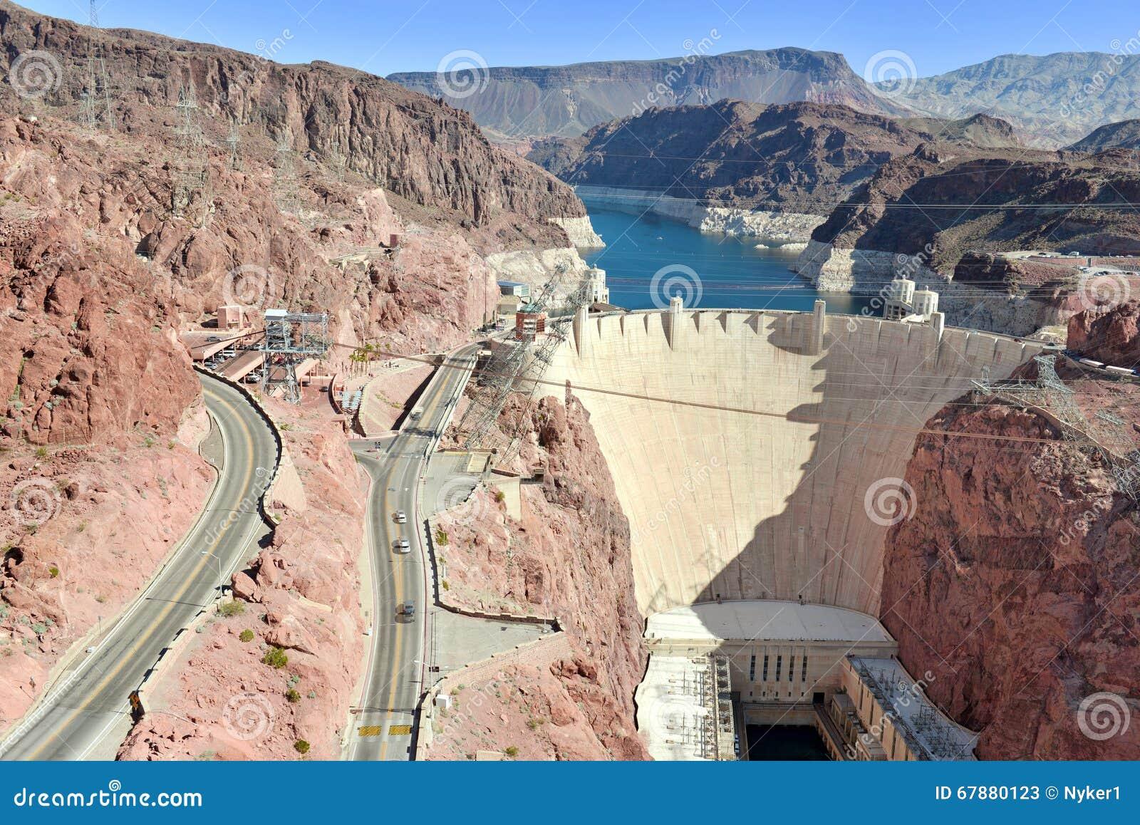Presa Hoover, una señal hidroeléctrica masiva de la ingeniería situada en la frontera de Nevada y de Arizona