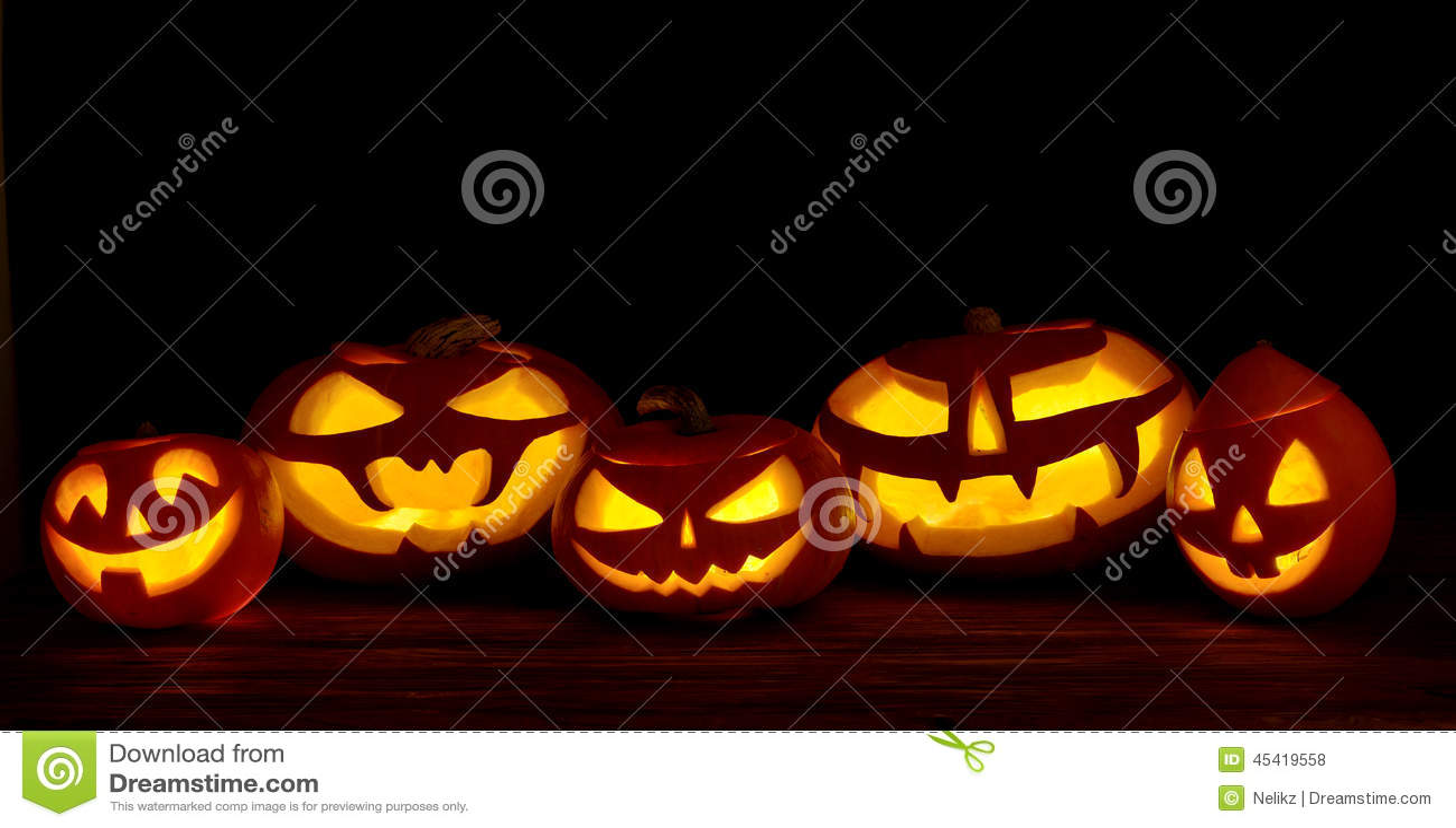 Zucca Di Halloween Paurose.Presa O Lanterna Spaventosa Delle Zucche Di Halloween Fotografia